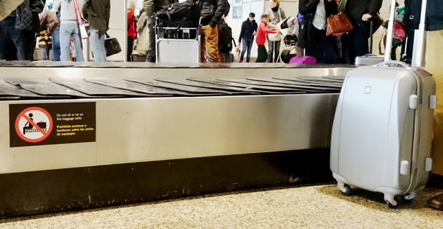 Übung Hörverstehen Deutsch B1 - Am Flughafen - Gepäckband