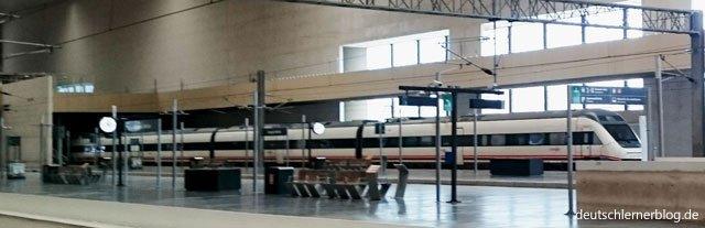 Bahnhof - Urlaub und Reisen - Bahnreisen - Bahnhof Zaragoza