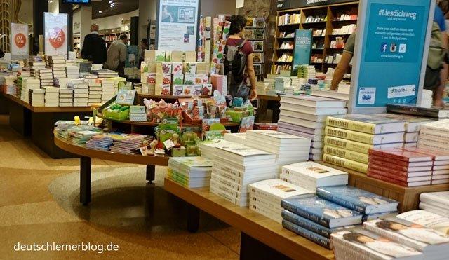 Lesen - Bücher - Buchhandlung